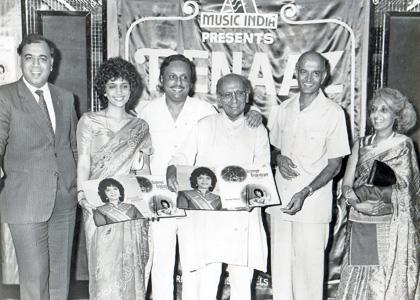 Penaz Masani with Jaidev (Fourth from left) during a release of her album, Tishnagi and Bansi Bajjaya copy